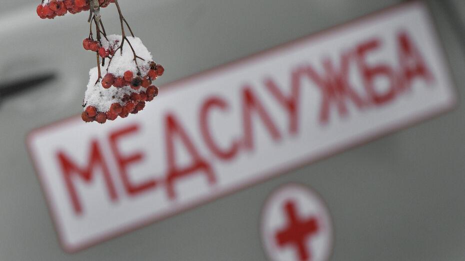 Воронежец пробил голову и сломал ребро новому коллеге