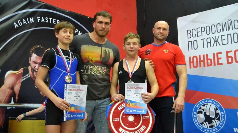 Калачеевские тяжелоатлеты завоевали «серебро» и «бронзу» на всероссийском турнире