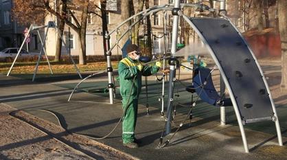 В «ковидные каникулы» в Воронеже обеззаразят 36 парков и скверов