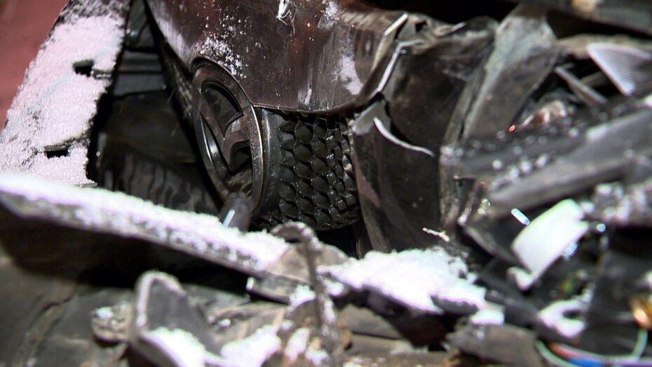 В ДТП на Димитрова мотоциклист погиб из-за столкновения с бордюром
