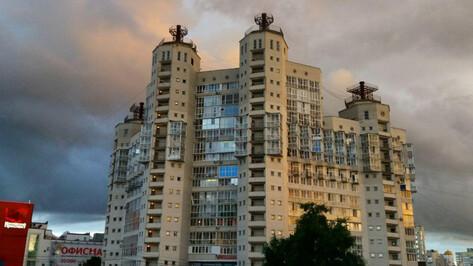 Воронежскую многоэтажку затопило горячей водой