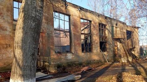 Дом культуры сгорел в богучарском селе Филоново