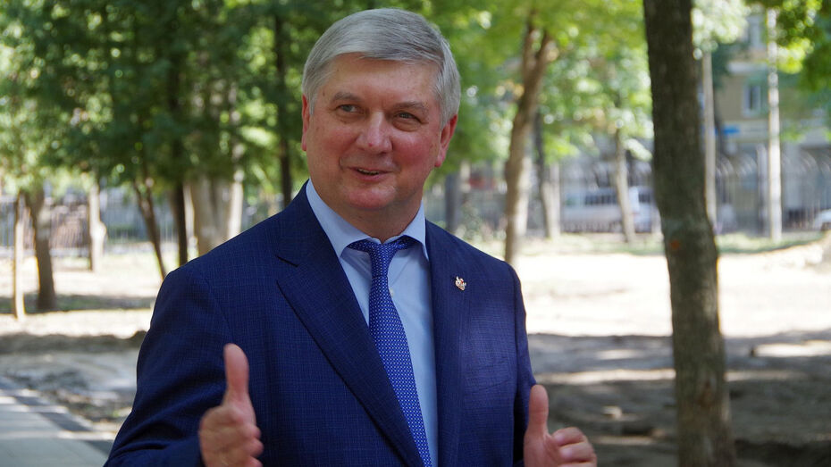 Губернатор Воронежской области занял 15-е место в национальном рейтинге глав регионов