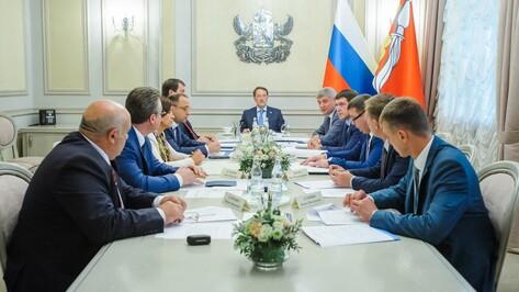 Губернатор поручил продумать строительство развязок и мостов в Воронеже
