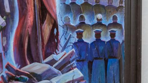 Воронежская «Абсолютная актуальность» соединила религиозную живопись и печать на полиэтилене