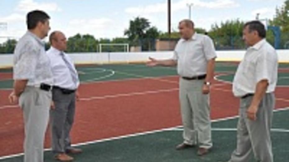 В Павловском районе открылись две спортивные площадки