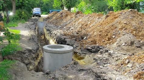 В семилукской Гнилуше проложили новый водопровод