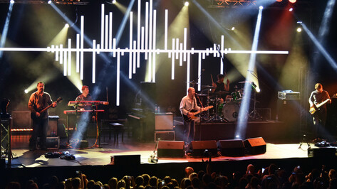 Группа «Сплин» хитро избежала нарушения закона о защите детей на концерте в Воронеже