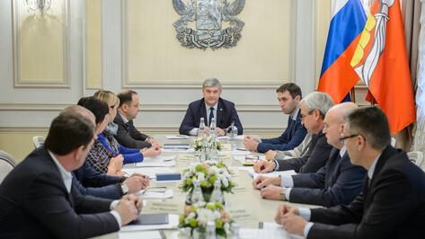 Губернатор потребовал устранить источник неприятного запаха в Воронеже за сутки