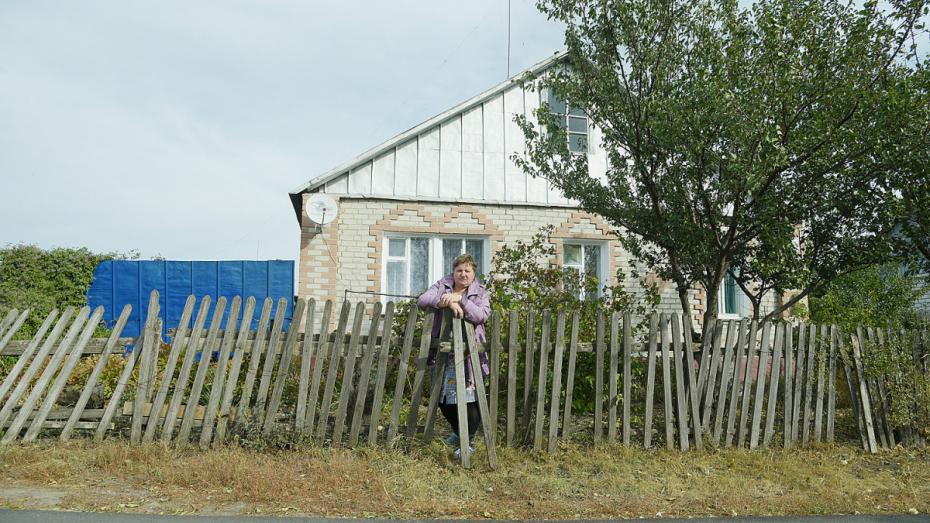 Дом с двойным дном. Чем воронежскую мать 7 детей не устроило бесплатное жилье
