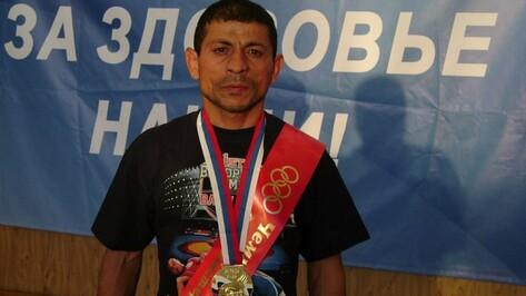 Аннинский спортсмен победил на чемпионате России по вольной борьбе среди ветеранов