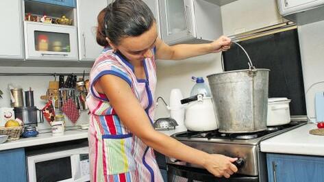 В августе у десятков тысяч воронежцев отключат горячую воду (ГРАФИК)