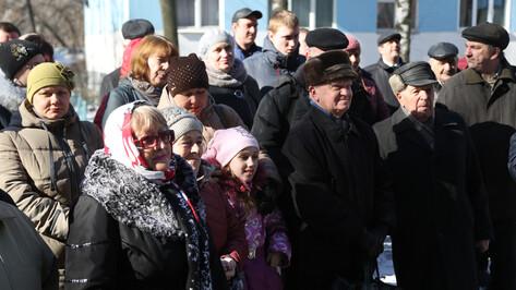 Воронежцы из поврежденного взрывом газа дома вернулись в свои квартиры