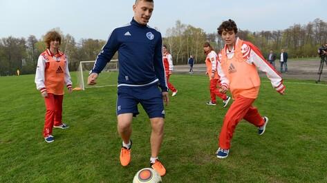 Воронежский «Факел» провел мастер-класс для футболисток из психинтерната