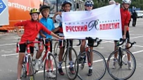Воронежцы отметили юбилей Коминтерновского района с «Русским аппетитом»