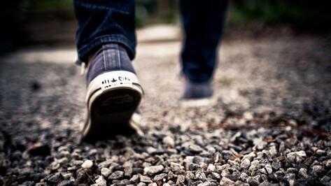 Убежавшего из дома 2 недели назад подростка нашли ночью на левом берегу Воронежа