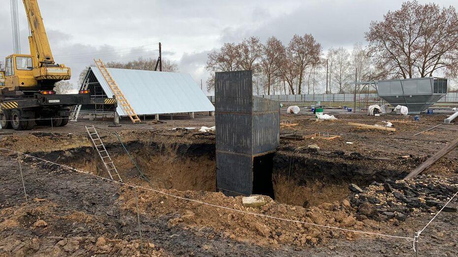 Сварщика насмерть завалило землей в Воронежской области