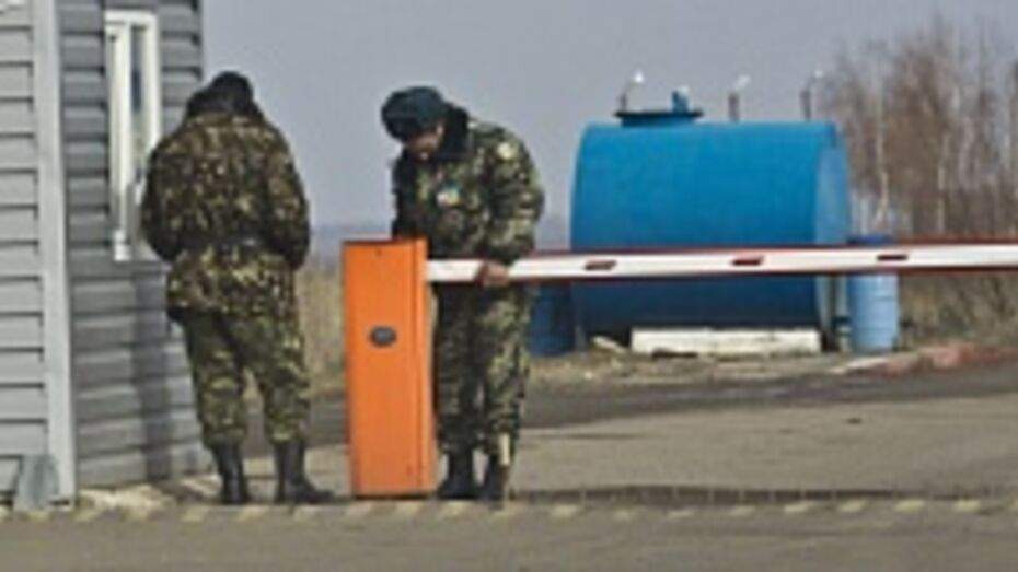 Киев попытался перебросить танки и бронетехнику на границу с Воронежской областью