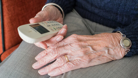 «Защита от мошенников» стоила пенсионерке из Воронежа 1,3 млн рублей