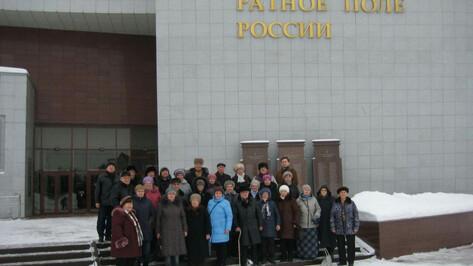 Спикер Воронежской облдумы организовал экскурсию для «серебряных волонтеров»