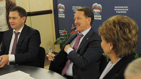 Кандидаты в губернаторы Воронежской области поздравили Алексея Гордеева с победой на выборах