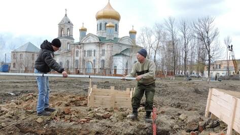 В Кантемировке начали работы по установке стелы в парке Победы