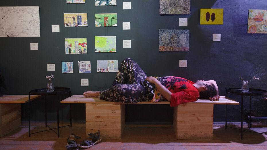 В Воронеже открылась выставка художников из психоневрологических интернатов
