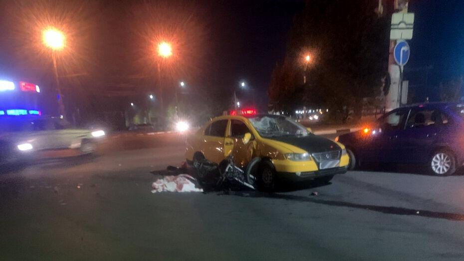 Молодой мотоциклист погиб в Воронеже в ночном ДТП