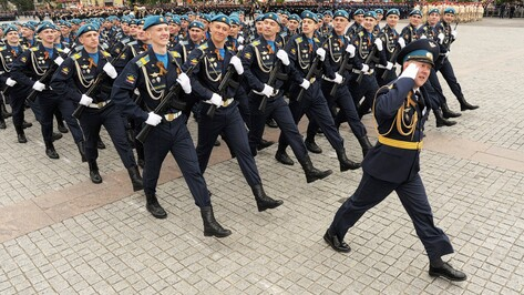 В Параде Победы в Воронеже задействовали 29 боевых машин