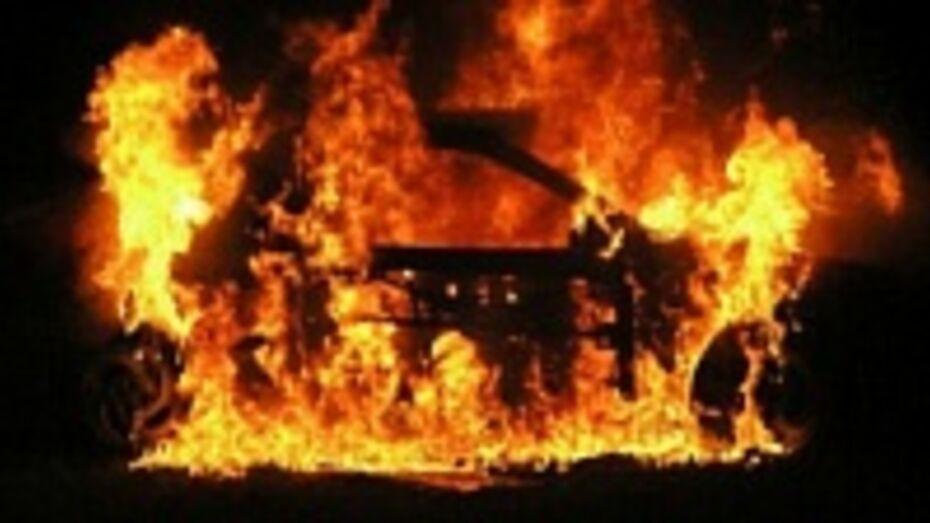 В Воронеже задержан мужчина, причастный к поджогу автомобиля ВАЗ-2107