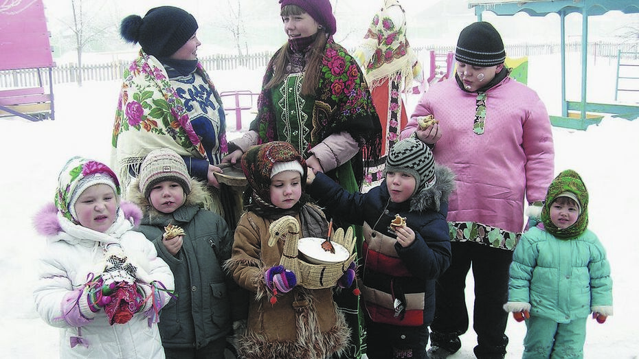 Бутурлиновские школьники встретили Масленицу