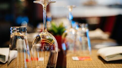 В нескольких кафе и ресторанах в Воронежской области нашли нелегальный алкоголь