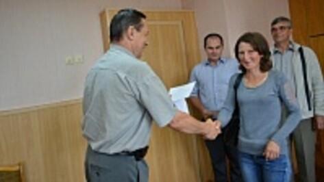 В Воробьевском районе пять семей получили сертификаты на приобретение жилья