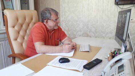 «Законы нужно менять». Депутат Госдумы Аркадий Пономарев выслушал проблемы многодетных мам