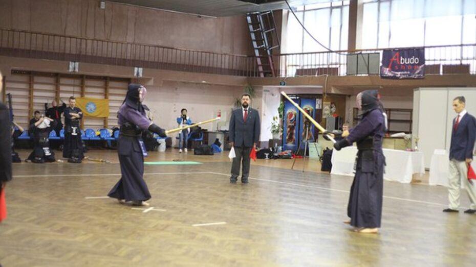 В Воронеже пройдет открытый турнир по фехтованию на бамбуковых мечах