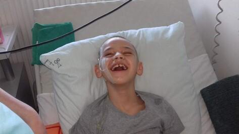 Семилукцы начали сбор денег на реабилитацию тяжелобольного мальчика