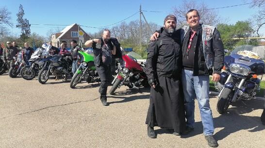 Борисоглебец доедет до Тихорецка с православным мотопробегом