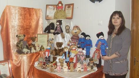 Жительница Богучара стала призером международной выставки коллекционных медведей