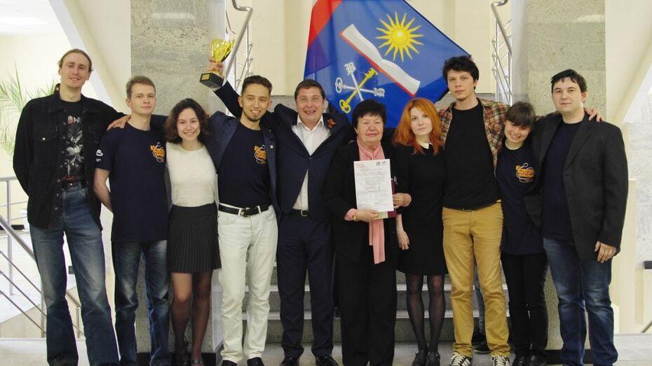 Губернатор поздравил воронежских физиков с «бронзой» на международном турнире