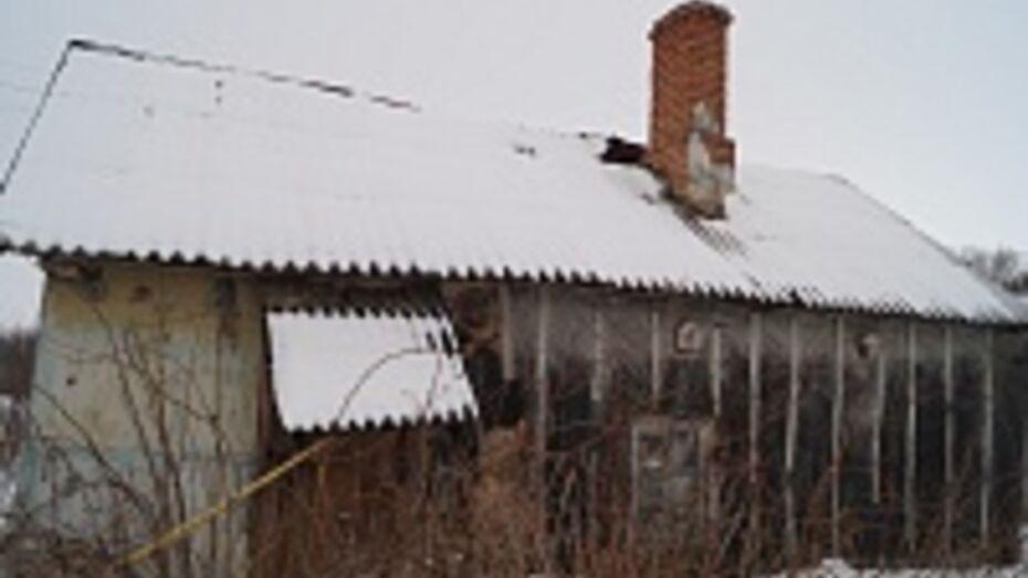 Под Воронежем в полуразрушенный дом хозяин зарегистрировал семь украинцев