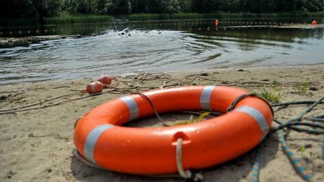 На Воронежском водохранилище унесло плот с 7 школьниками