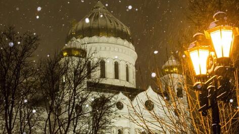 Не ходить в храмы в Рождество посоветовали пожилым в РПЦ