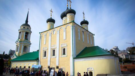 В Адмиралтейском храме Воронежа открыли экспозицию особо чтимых икон