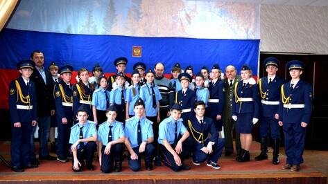 Семилукские школьники вступили в ряды «Юнармии»