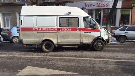 Очевидец о разбившей 6 автомобилей в Воронеже «скорой»: «Машина неслась на меня»