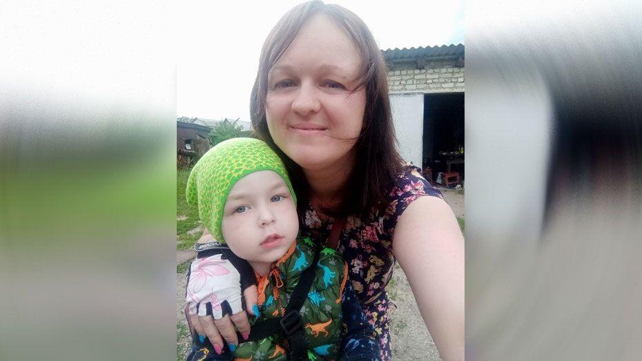 Жительница Борисоглебска попросила помощи в сборе 360 тыс рублей на лечение сына
