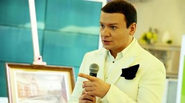 Шоумена Александра Олешко возмутил репертуар воронежской детской студии «Волшебники Двора»