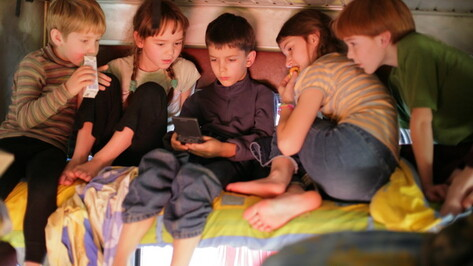 Чтобы не повторилось снятие школьников с поезда «Сочи – Москва» в Воронеже, детей в поездке будут сопровождать врачи