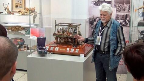 Работу аннинского народного мастера отметили на всероссийской выставке «Салют Победы»