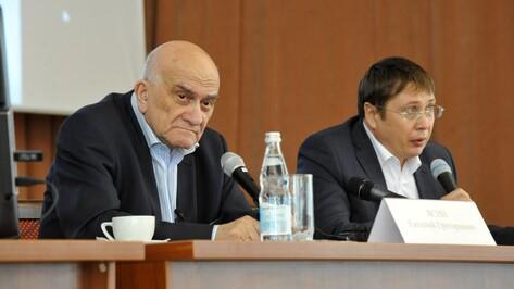 Экс-министр экономики Евгений Ясин объяснил воронежцам связь культуры и капитала